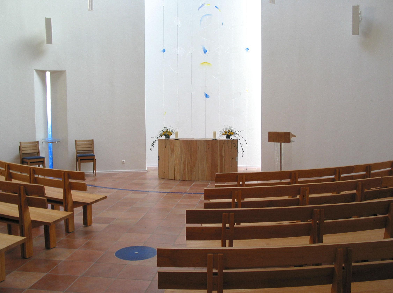 Apostelkirche von innen