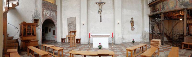 Heilig-Geist-Kirche von innen