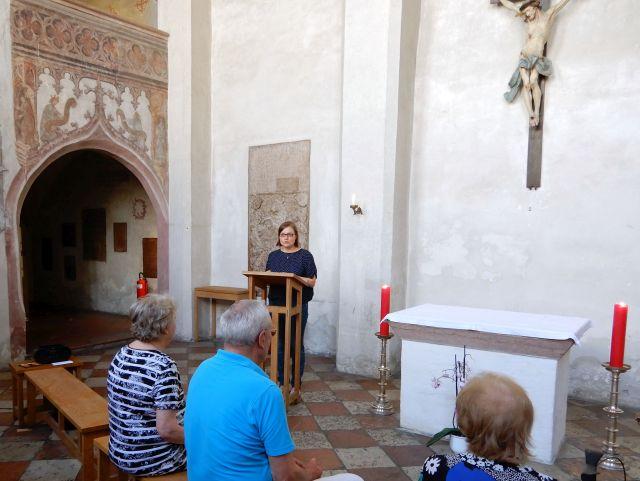 Heilig-Geist-Kirche mit Anna Ammon