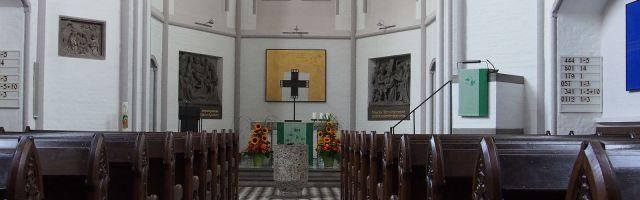 Erlöserkirche von innen