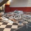 alte Kabel und Lautsprecher