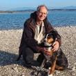 Pfarrer Michael Markus mit seinem Hund