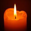 eine brennende Kerze
